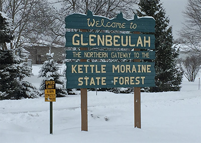 Welcome to Glenbeulah sign